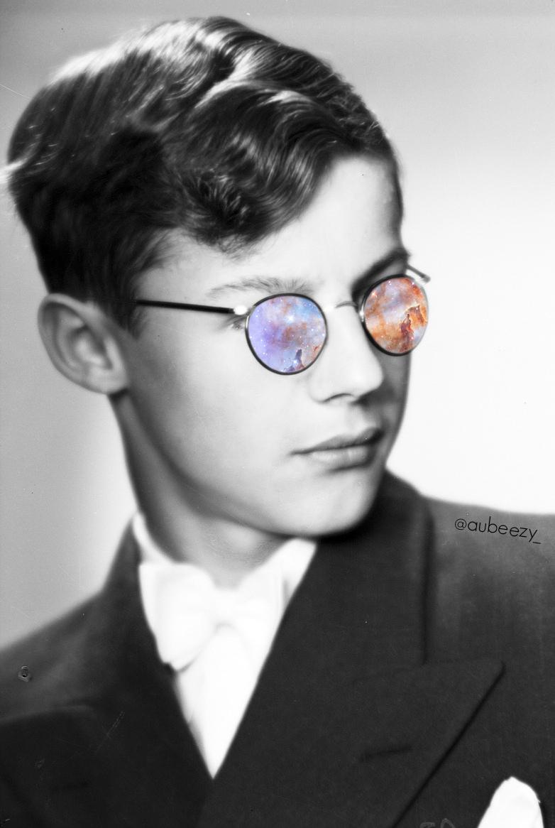 Universe colored glasses